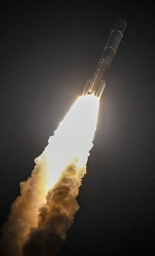 "A Delta Delta Medium Missile launched by the United Launch Alliance takes off from the Canaveral Air Force Station Friday, March 15, 2019. The missile carries a communications satellite for the US -Military. ""Data-id ="""